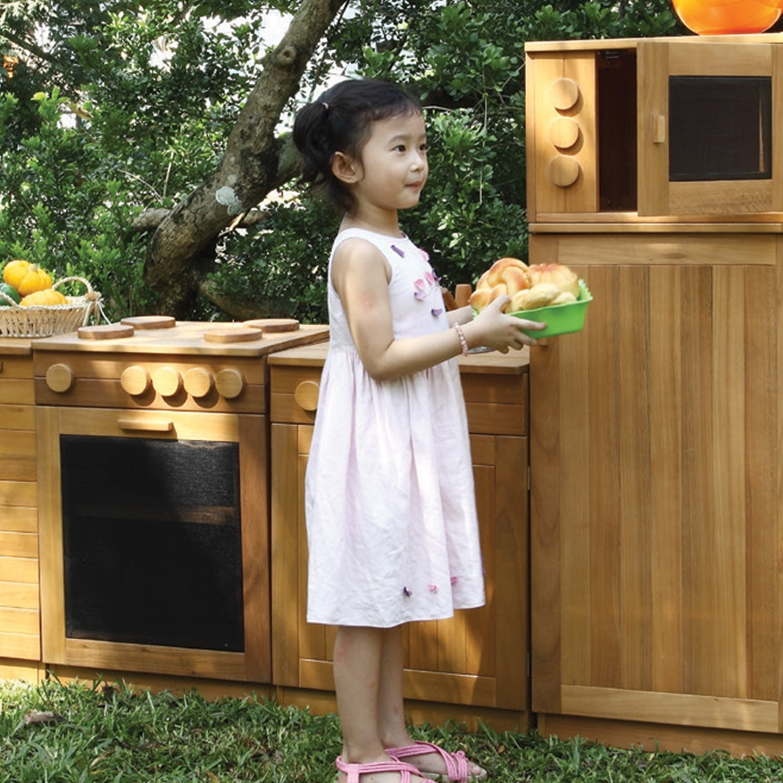 Play Kitchens