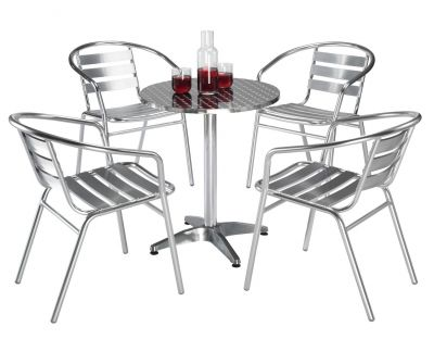 Plaza Outdoor Table and Chairs